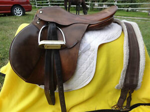 "18.5"" English Saddle Penticton Kelowna image 10"