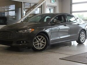 2016 Ford Fusion SE-Heated Leather Seats-Backup Camera