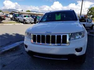 2012 Jeep Grand Cherokee Overland -STUNNINGLY BEAUTIFUL!!