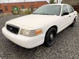 2011 CROWN VICTORIA POLICE PACK GAR 1 AN FINANCEMENT $0 DEPOT PO