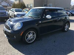 2007 MINI Cooper S | Pano Roof | Leather