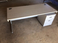 Office furniture - Office desk with lockable side drawer