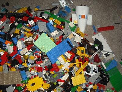 1kg / 1000g LEGO bundle random bricks job lot.Each set will baseplate minifigure