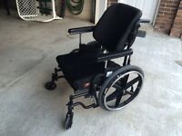 Wheelchair - Breezy 610 in Excellent condition