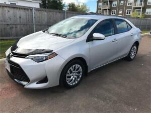 2017 Toyota Corolla LE - ONLY 12,000 KMS.