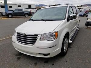 2008 Chrysler Town & Country Limited- IRRESISTIBLE ELEGANCE