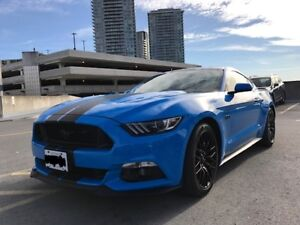 2017 FORD Mustang GT with Performance Package