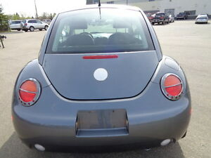 2005 Volkswagen New Beetle GLS PKG-LEATHER-SUNROOF-1.9L TDi Edmonton Edmonton Area image 10