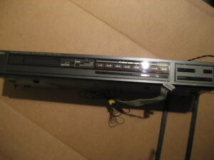 technics model ST-S74 am/fm stereo tuner. Size 17x5x1.75 inches.