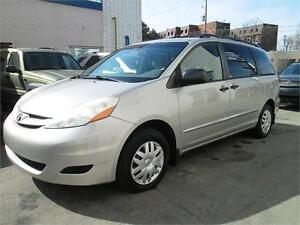 2006 Toyota Sienna CE Low mileage/Very clean.
