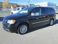 2012 Chrysler Town & Country Limited Leather Navigation DVD Sunr
