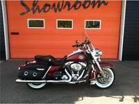 2010 Harley Davidson road king classic - 25000 miles - 6spd