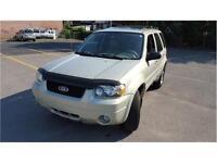 2005 Ford Escape Limited 4x4, Cuir, Toit, 8 Pneus *Propre*
