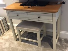 Cream And Wood Dressing Table With Stool