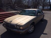 2003 Jaguar XJ8 - An affordable luxury coach. Only 177KM