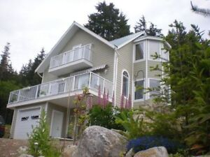 Lovely 3 Fl. House on Vancouver Island