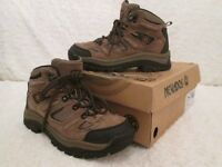 NEVADOS TREKING/WALKING BOOTS Size 4 (EXCELLENT CONDITION)