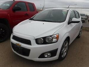 2016 Chevrolet Sonic LT  1.4L 4Cyl - Sunroof, Remote Start, Pain