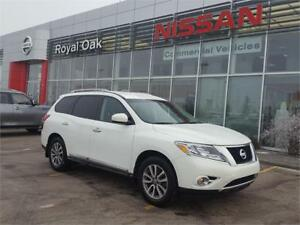 2014 Nissan Pathfinder SL ** LEATHER and 4x4**