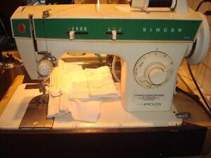 Portable Singer 248 Sewing Machine