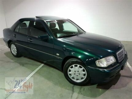 1998 mercedes benz c200 w202 classic 5 speed automatic sedan cars 1997 mercedes benz c200 w202 elegance green 5 speed automatic sedan fandeluxe Images