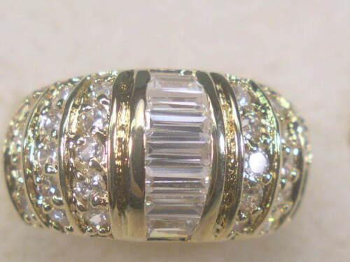 5 ..... Each  RINGS DESIGNER SIMULATED DIAMOND CUBIC ZIRCONIUM  LOT 883UP