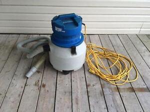 Aspirateur Dustbane Targa 990 - Targa 990 Dustbane vacuum