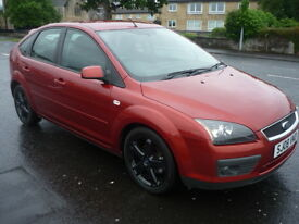 Ford Focus 1.6i 16V 100BHP ZETEC CLIMATE **Low Mileage** (red) 2008