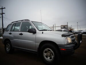 2003 CHEVROLET TRACKER-4X4-REMOTE STARTER--ONLY 156,000KM