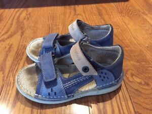 Barely Used Leather sandals - toddler size 11