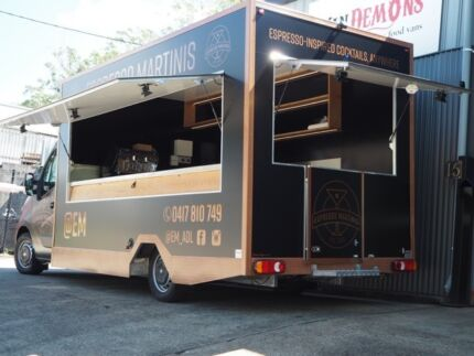 Mobile Food Vans / Food Trucks For Sale