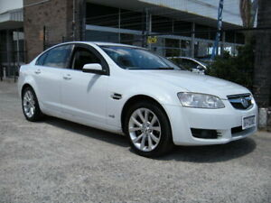 2011 Holden Berlina VE II International White 6 Speed Automatic Sedan Wangara Wanneroo Area Preview