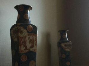 Gorgeous Mint Condition Antique Vases Strathcona County Edmonton Area image 3