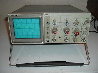 Tektronix 2213 Oscilloscope 60mhz 2 Channel