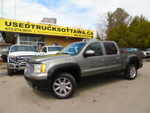 2009 GMC Denali 4x4!!Sunroof/ DVD / Fully Loaded