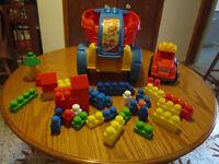 MEGA Bloks Fill & Dump Wagon + camion+ 34 blocs construction