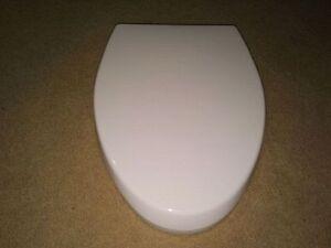 Toilet seats - white elongated - new Kitchener / Waterloo Kitchener Area image 3