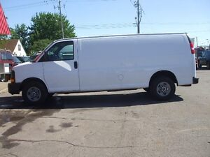 "GMC Savana Cargo Van RWD 2500 155"" ALLONGÉ 2008"