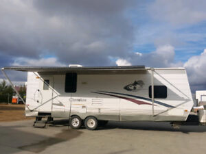 2005 FOREST RIVER CHEROKEE 27 FOOT BUMPER PULL w/ 14 FOOT SLIDE