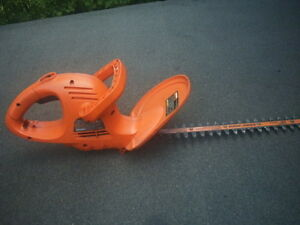 Coupe haie - Black & Decker - Hedge trimmer