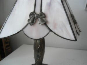 Tiffany style table lamp Peterborough Peterborough Area image 2