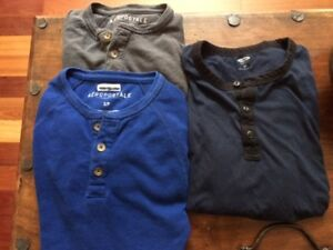 Mens' Size S/M TOP NAME Clothing - Tonnes to choose from!!!
