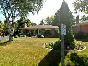 Bungalow in Centre of Stouffville