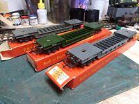 TRIANG HORNBY BOGIE WELL WAGON X3