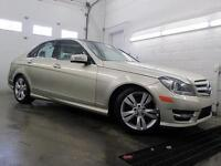 2012 Mercedes C300 TOIT PANOR. NAVIGATION 4MATIC CUIR 65,000KM