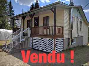 *** VENDU ***  100 rue Manseau, St-Jean-de-Matha