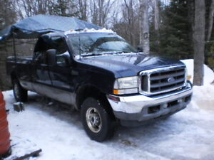 2003 Ford F-250 XLariat Camionnette