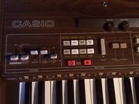 Vintage Casio Casiotone CT-701 Keyboard Synthesizer With Extras, perfect condition 1984
