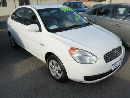2007 Hyundai Accent White 5 Speed Manual Sedan
