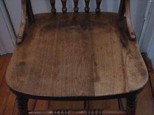 Antique Early Quebec Oak Press Back Chair, Original, 1900's Kitchener / Waterloo Kitchener Area image 6